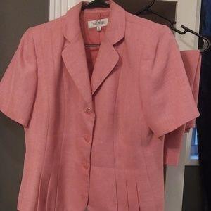 Pink dress suit size 12